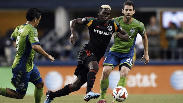 Gyasi-Zardes-Los-Angeles-Galaxy-Seattle-Sounders
