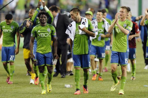 dylan-remick-clint-dempsey-obafemi-martins-mls-portland-timbers-seattle-sounders-590x900